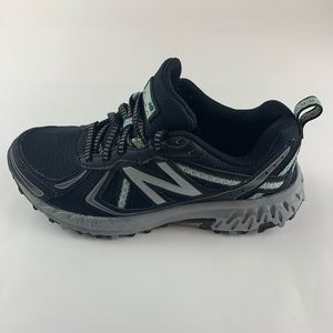 New Balance 410v5 all terrain women's size 7